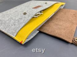 Surface PRO 7 laptop case, laptop cover with extra pocket, Woolfelt surface laptop cover, Laptop bag with leather closure,